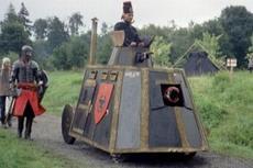 Ein Warhammer Dampfpanzer mit Geleitschutz, fuhr, schoss, dampfte und machte Krach :]