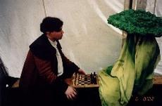 Wie ihr habt noch nie mit einer Plfanze Schach gespielt ;)